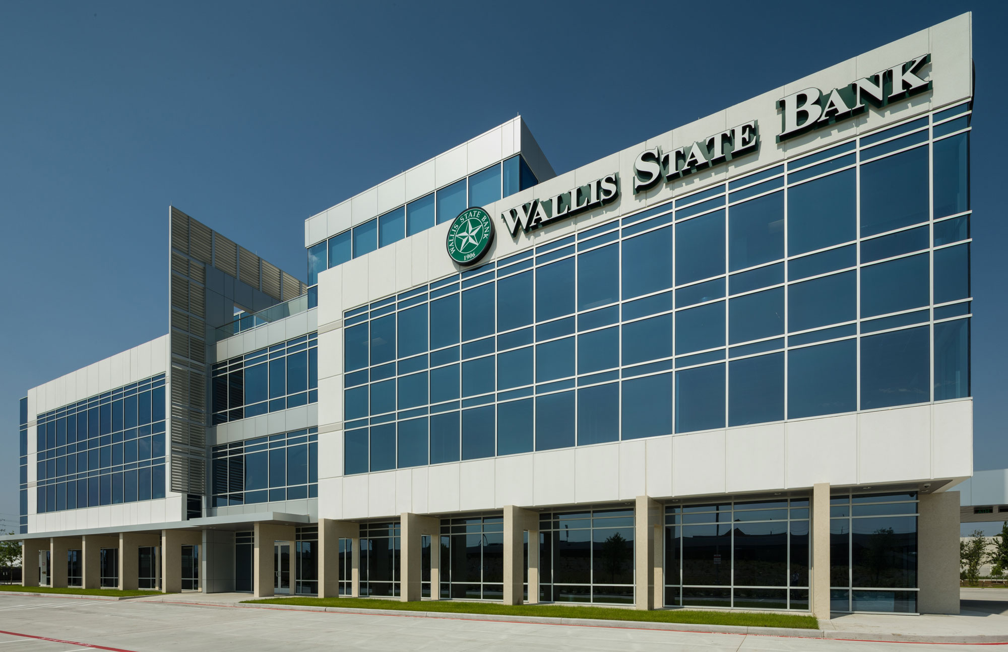 Wallis-State-Bank