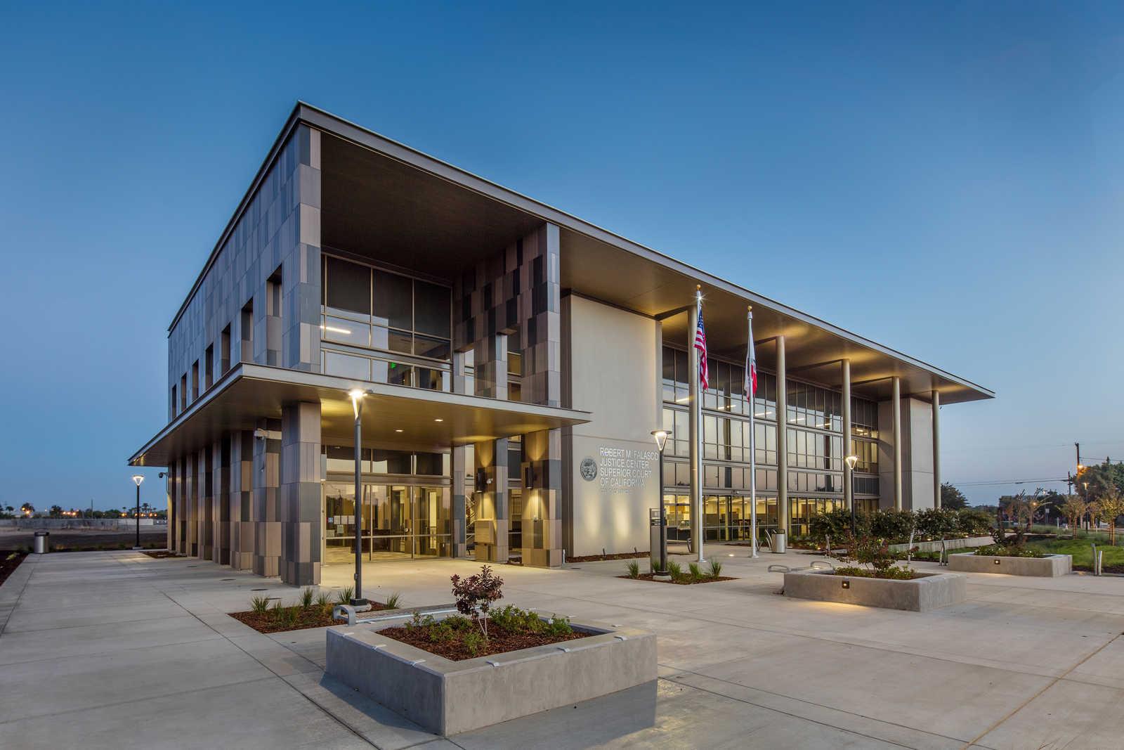 Project Profile Los Banos Courthouse Tilt Up Concrete